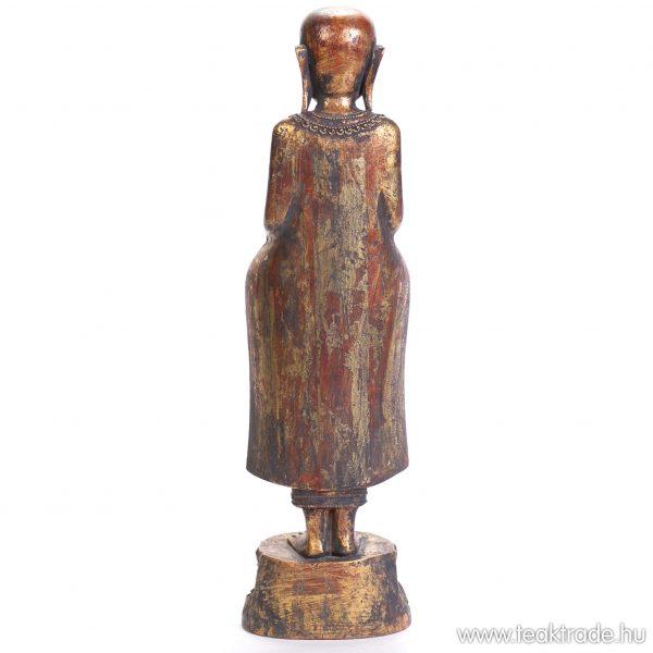 Szerzetes szobor