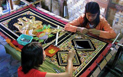Egyedi, kézműves textilképeink története